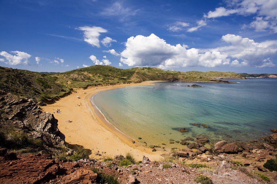 Deserted_beach_menorca