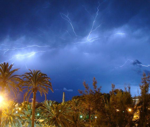 Menorcas_Climate_Lightening